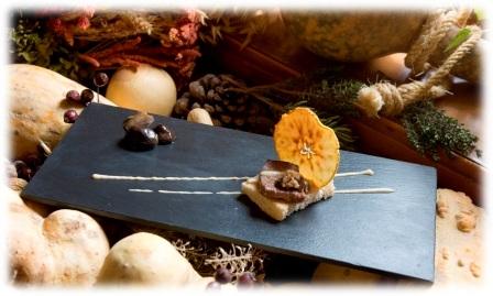 Solomillo de Ternera sobre Lecho de Verduritas con Suquet de Setas y Foie